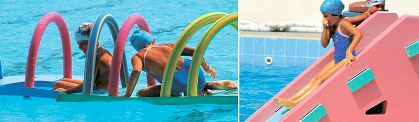divertimento in piscina Okeo