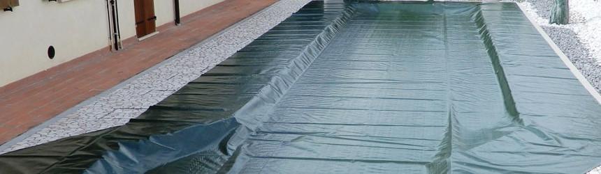 Telo di copertura invernale base per la piscina. Su misura per ogni piscina