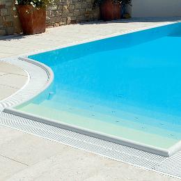 Bordi per piscina interrata - Piastrelle per piscina ...