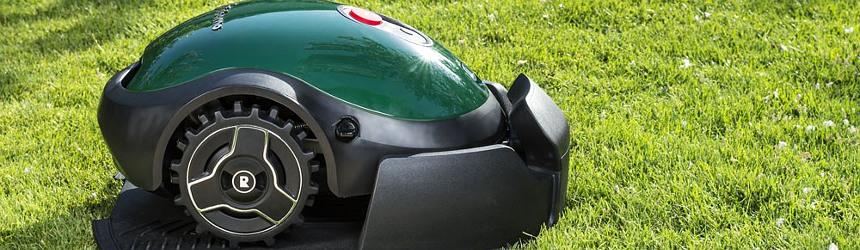 robot rasaerba automatici Robomow per giardino
