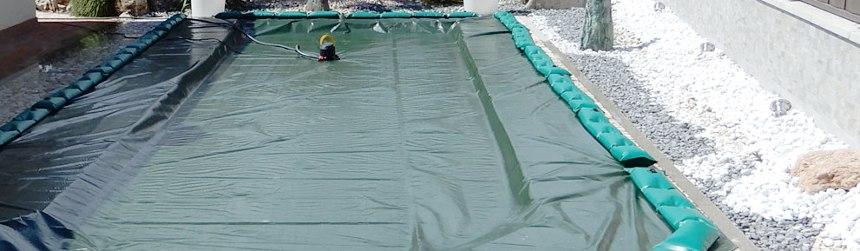 Telo di copertura invernale con tubolari ad appoggio, antivento, antiribaltamento, su misura per la piscina
