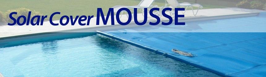 Copertura isotermica modello MOUSSE con orlo perimetrale e occhielli sui lati corti.